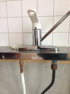 キッチン水栓 取替 (7).JPG