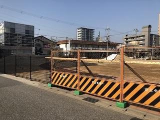 大久保町駅前2丁目公園 (1).jpg