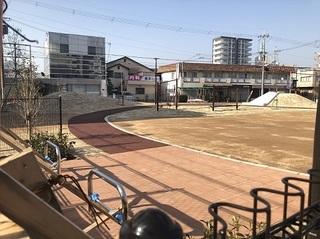 大久保町駅前2丁目公園 (3).jpg