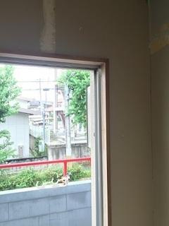 窓枠 (2).jpg