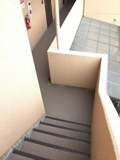 GSⅢ 階段 (1).jpg
