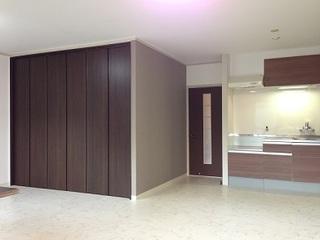 新210洋室~キッチン.jpg